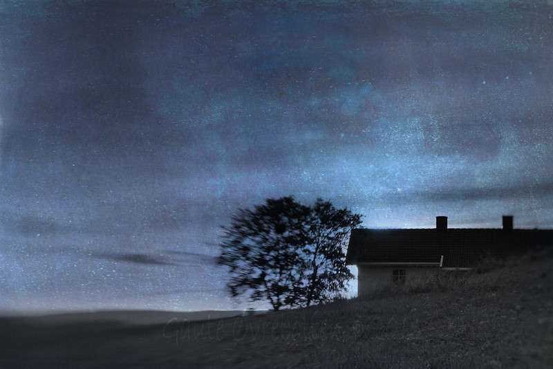 """""""Stjernenatt"""" over Tingelstad øvre (""""Starry night"""" over farmhouse; fake)<br /> [Rather heavy edited with Spring painterly's Umbra eclipse texture and various layer modes, tweaking saturation and levels, using PSE5]"""