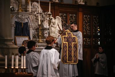 _NIK1169 Lent St  Peters Steubs LatinMass _