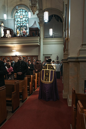 _NIK1109 Lent St  Peters Steubs LatinMass _