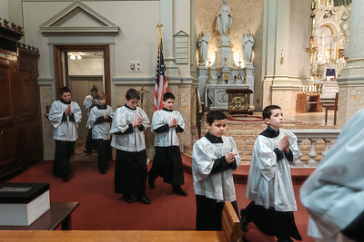 _NIK1094 Lent St  Peters Steubs LatinMass _