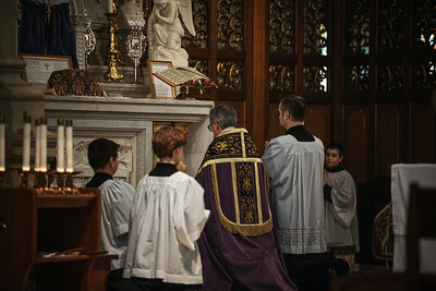 _NIK1133 Lent St  Peters Steubs LatinMass _