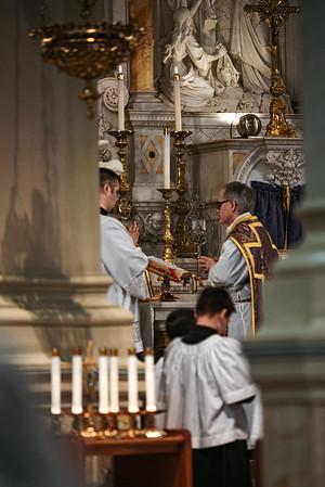 _NIK1207 Lent St  Peters Steubs LatinMass _