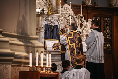 _NIK1157 Lent St  Peters Steubs LatinMass _