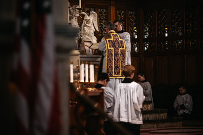 _NIK1181 Lent St  Peters Steubs LatinMass _