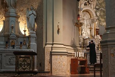 _NIK1074 Lent St  Peters Steubs LatinMass _