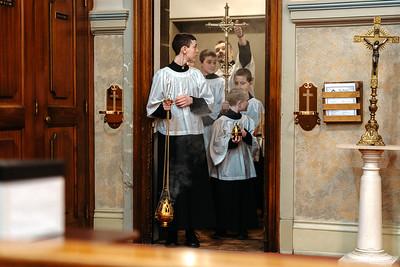 _NIK1087 Lent St  Peters Steubs LatinMass _