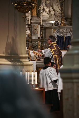 _NIK1195 Lent St  Peters Steubs LatinMass _