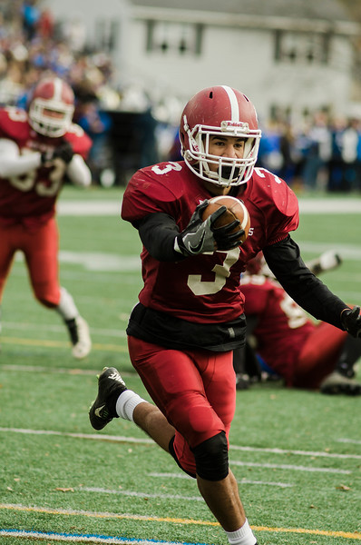 Fitchburg's CJ Byars runs it in for a touchdown during Thursday morning's 49-12 Turkey Day loss to Leominster. SENTINEL & ENTERPRISE / Ashley Green