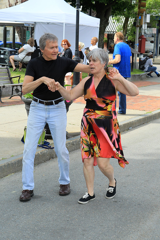 . Erik and Carolyn Jarvi from Fitchburg dance away SENTINEL&ENTERPRISE/Scott LaPrade