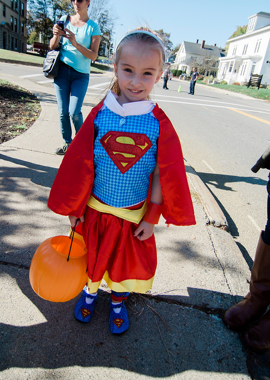 . Madison Bergeron enjoys the Leominster trick-or-treating on Saturday, October 21, 2017. SENTINEL & ENTERPRISE / Ashley Green