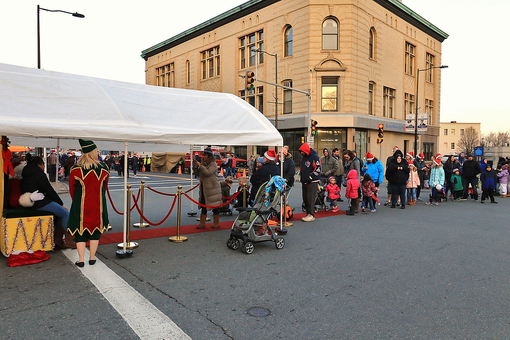 . The 13th Annual Leominster Holiday Stroll was held on on Saturday, December 1, 2018 in Downtown. Thero was a long line to see Santa at the stroll. ENTINEL & ENTERPRISE/JOHN LOVE