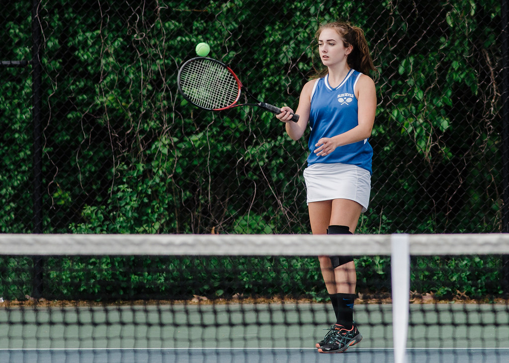 . Leominster\'s Julia DeAmicis competes during the match against Shepherd Hill on Friday, May 19, 2017. SENTINEL & ENTERPRISE / Ashley Green