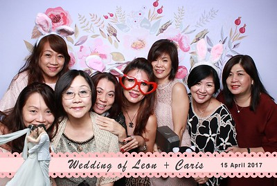 Leon + Caris Photobooth Album