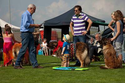 Leonbergers Kind-hondshow