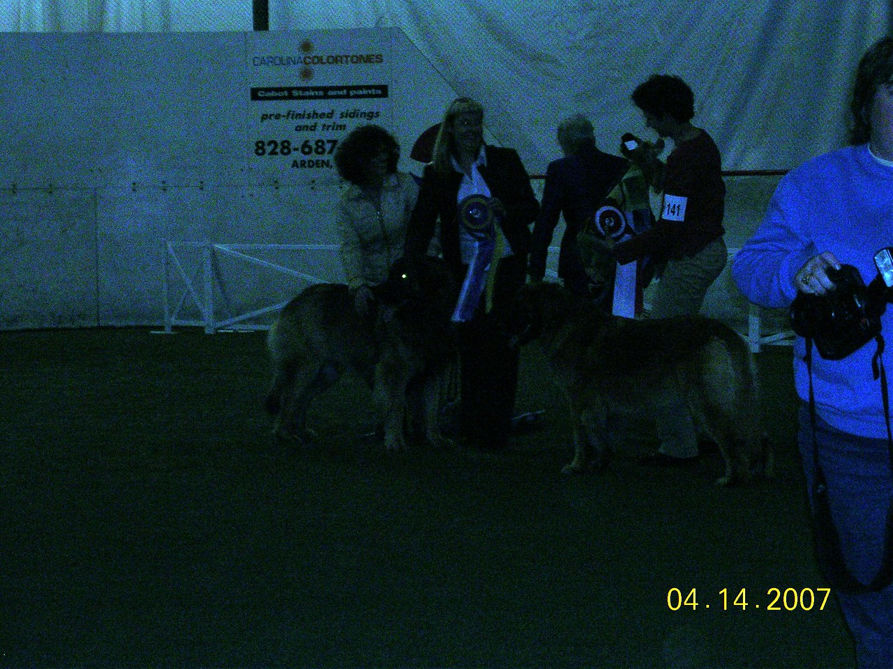 The winners of the specialty. Hugs and Cheyenne