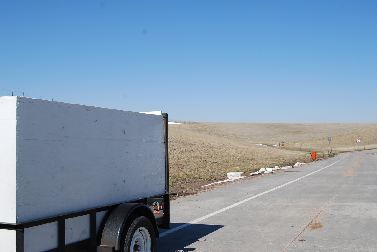 here is where we ran out of gas...oh my...really the middle of nowhere!!!  triple A please come fast!!!