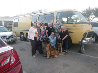 awesome picture in front of the yellow bus!!! Mary, Klaus, Lee, Waltraut, Janis, Peggy, Jim, & me...  Quinn and Jake (left to right)