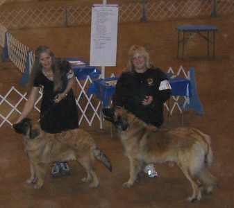 Teresa and Wendy with Sienna and Faith at their first AKC dog show.