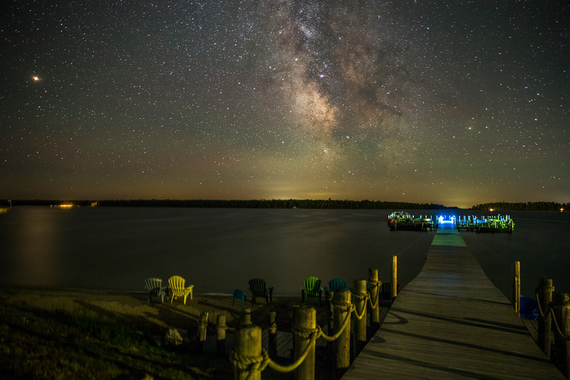 Mars and the Milky Way over Hessel Bay, horizontal