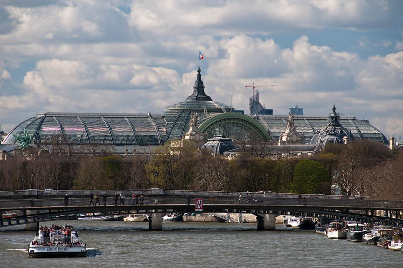 """Le grand palais, a (very) bautiful building and glass ceiling. See their <a href=""""http://www.grandpalais.fr/en/Homepage/p-617-Homepage"""">english</a> or <a href=""""http://www.grandpalais.fr/fr/Accueil/p-93-Accueil.htm""""> french</a> website for information about the museum.   Grand palais, paris, France."""