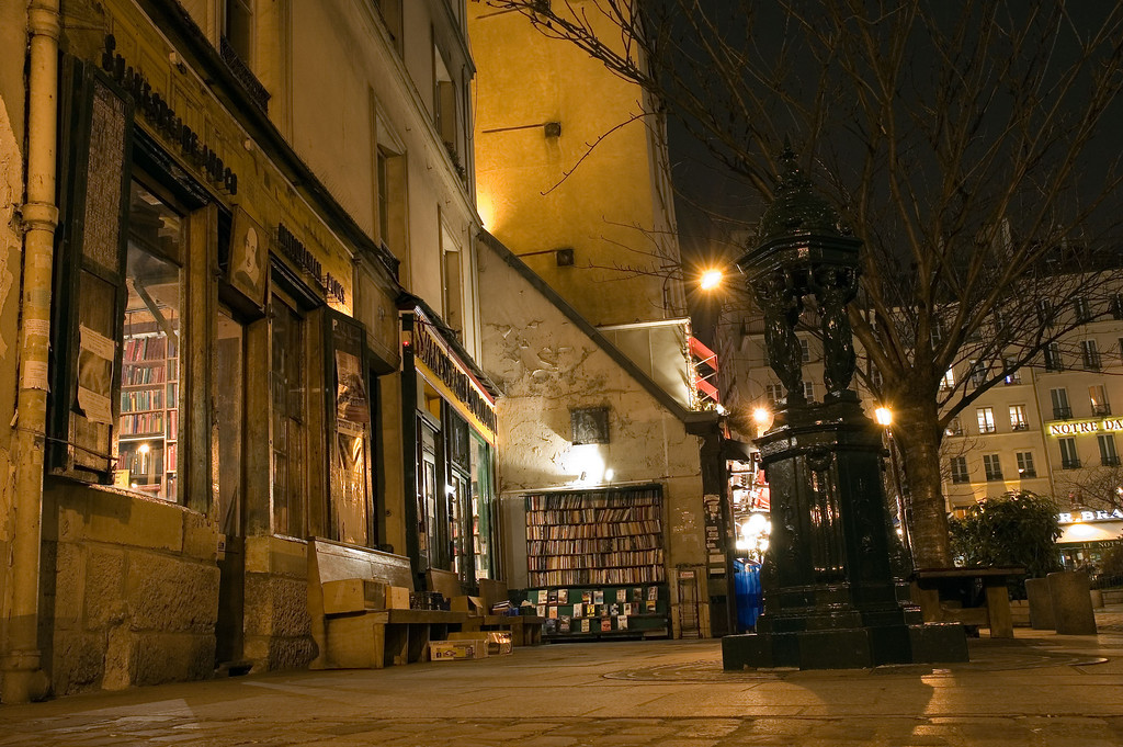 Shakespeare's place : a bookshop near the Seine, 3 minutes from Notre Dame. This place is unbelievable ! <br /> <br /> The first floor contains books that can be read on location, and several places to rest and read quietly !<br /> <br /> If you get the opportunity, visit this place.