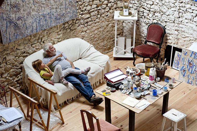 """"""" Dans chaque enfant, il y a un artiste. Le problème est de savoir comment rester un artiste en grandissant .""""  Pablo Picasso"""