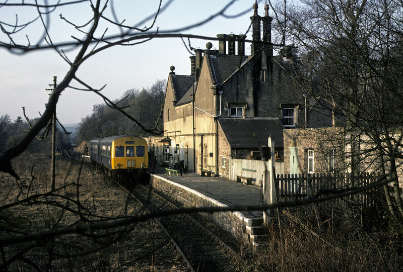 E50199 & ?? at Alston, 28 February 1976 1    The branch terminus, 13 miles from Haltwhistle. Photo by Les Tindall.