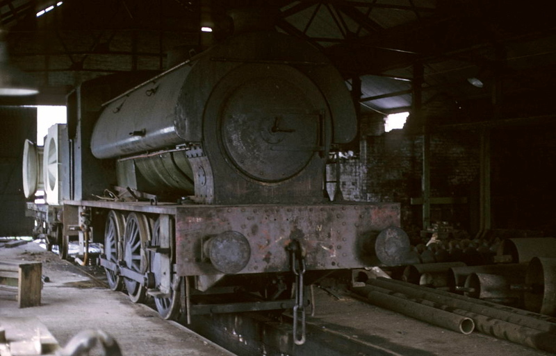 Hunslet 0-6-0ST 3208 / 1945, Woolley Colliery, 9 May 1974.  Out of use though it had been used fairly recently.  Subsequently scrapped.  Photo by Les Tindall.