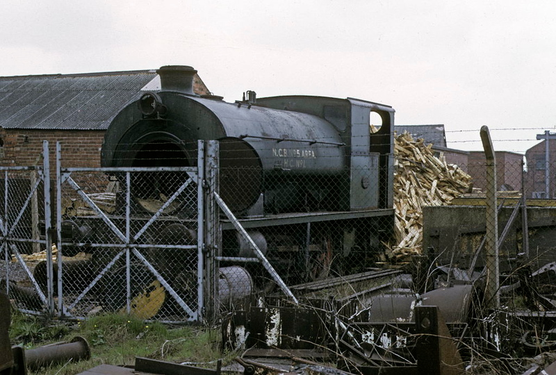HC No 1, Dodworth Colliery, 9 May 1974.  Hudswell Clarke 0-4-0ST 1889 / 1960. out of use and since scrapped.  Photo by Les Tindall.