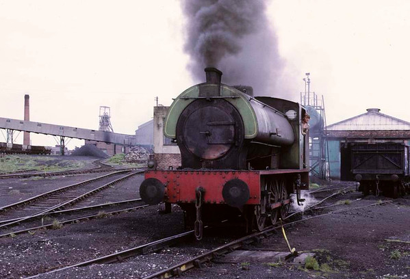 Rodney, Bickershaw colliery, 15 June 1973 1.  Hunslet 0-6-0ST 3695 / 1950.  Photo by Les Tindall.