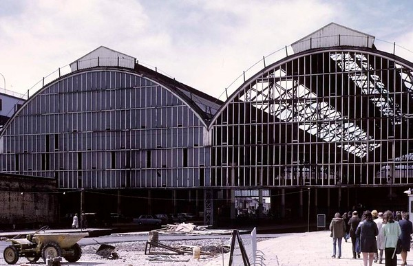 Blackpool North station, Sun 12 August 1973 1.  The 1898 station roof, about to be demolished.  The trackbeds between the platforms have already been filled in.  Photo by Les Tindall.