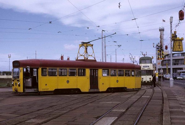 Tram 3, Blackpool, Sun 12 August 1973.  At the turning loop at Pleasure Beach.  Photo by Les Tindall.