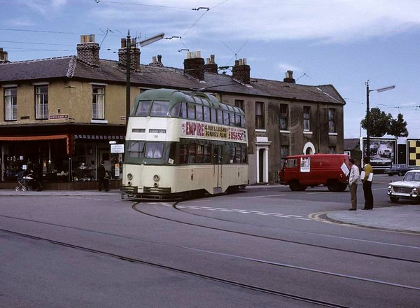 Blackpool tram 717, Fleetwood, Sun 12 August 1973.  Turning from Pharos Street into North Albert Street on its way back to Blackpool.  Photo by Les Tindall.