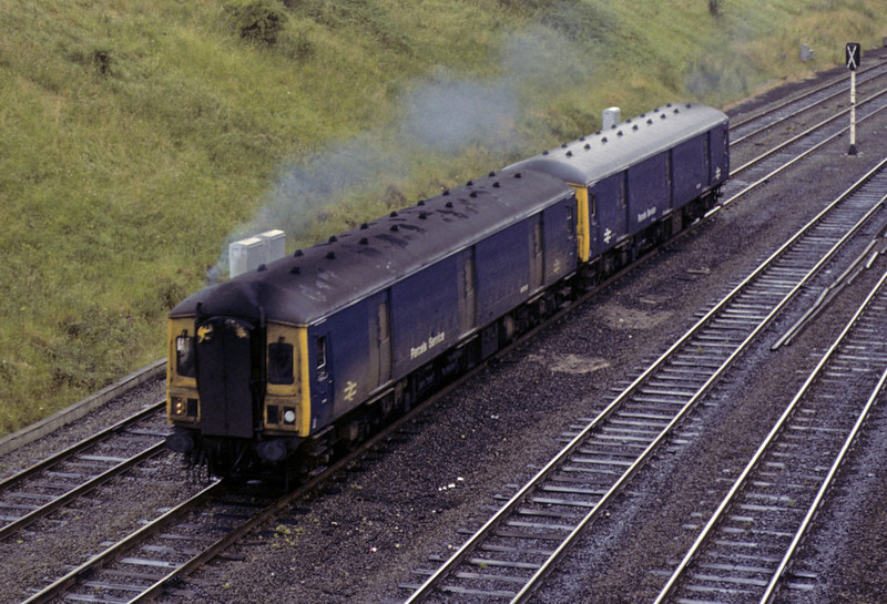 55993 & 55995, approaching Chester, Sat 28 July 1979.  The 1215 Shrewsbury - Chester parcels, worked by two class 128 Gloucester RCW parcels units.  Photo by Les Tindall.