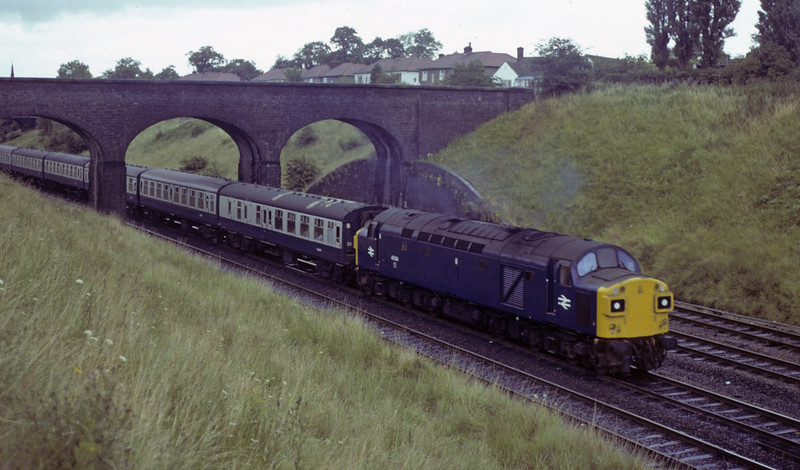 40134, leaving Chester, Sat 28 July 1979.  The 1000 Euston - Holyhead.   The former D334 was withdrawn in 1981.  Photo by Les Tindall.
