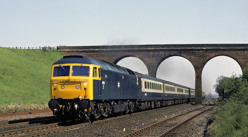 47518, Stoke, 28 May 1977.  1410 King's Cross - Leeds.  Photo by Les Tindall.