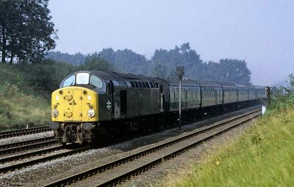 272 (40072), near Essendine, Sat 8 September 1973.  The 0850 Bradford - King's Cross.  Photo by Les Tindall.