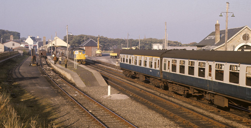 Thurso station, 7 October 1972 Photo by Les Tindall.