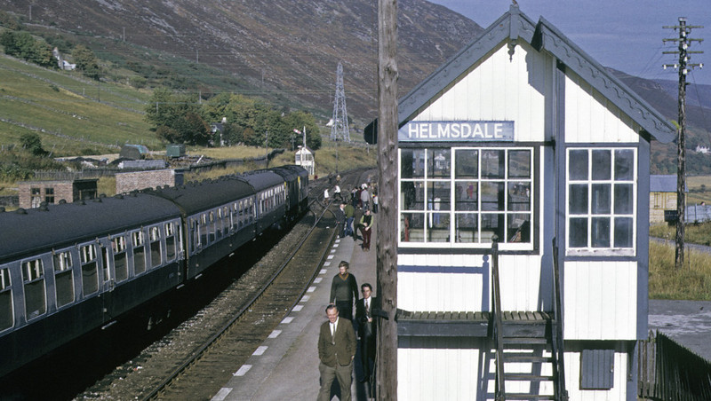 5129 & 5127, Helmsdale, 7 October 1972 2 Photo by Les Tindall.