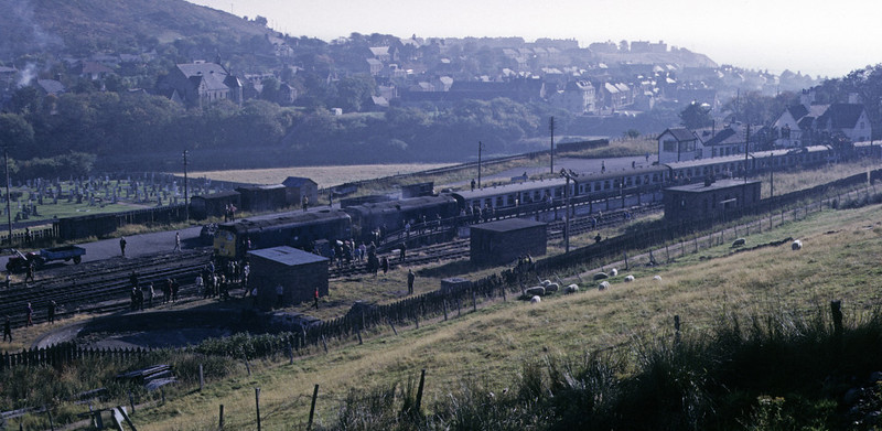 5129 & 5127, Helmsdale, 7 October 1972 3 Photo by Les Tindall.