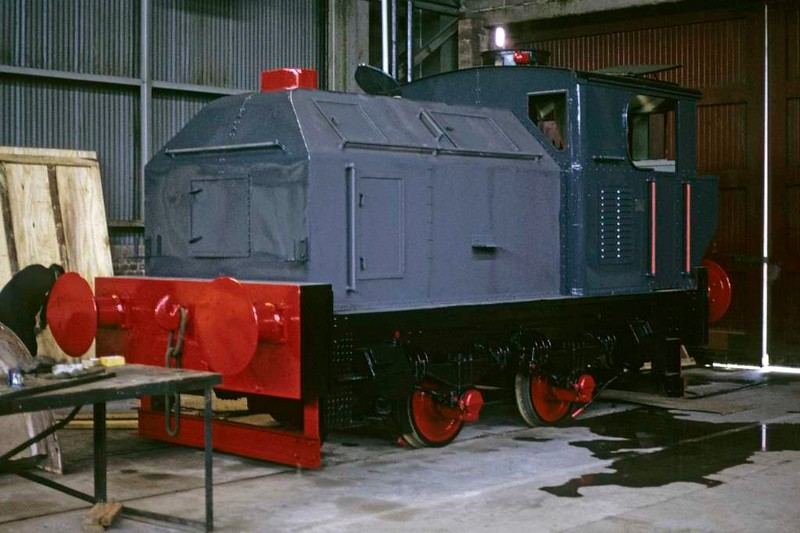 Ranald, Whifflet Foundry, Coatbridge, June 1973.  Sentinel 4wVBT 9631 / 1958, undergoing overhaul. In 2017 preserved at Bo'ness.  Photo by Les Tindall.