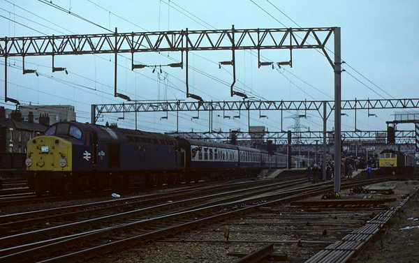 40035 & 25277 + 25282, Stafford, 11 February 1979.  The Crewe Campaigner waits as the 40 heads another special (not the Crewe Campaigner relief).  40035 was scrapped in 1985. Photo by Les Tindall.