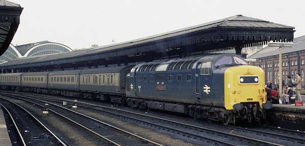 55011 The Royal Northumberland Fusiliers, York, 2 October 1976 2 Photo by Les Tindall.