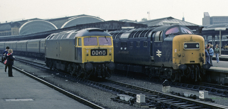 47409 & 55004 Queen's Own Highlander, York, 2 October 1976    The Deltic brings in the 1030 Aberdeen - King's Cross.  It had partly failed, and the 47 was waiting to replace it.  55004 was withdrawn in 1981.  The 47 began life as D1508, and was withdrawn in 1986. Photo by Les Tindall.