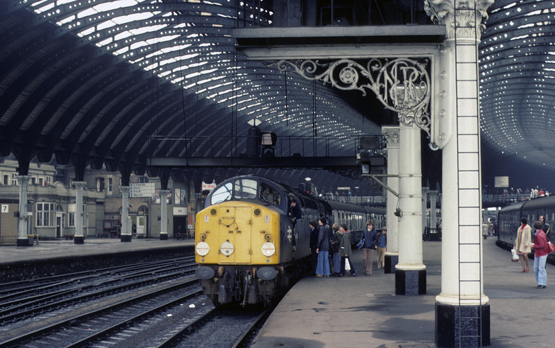 40006, York, 2 October 1976      The 40 had just arrived at what used to be platform 9 (platform 5 in 2010) with an excursion from Stafford.  40006  was withdrawn in 1983. Photo by Les Tindall.