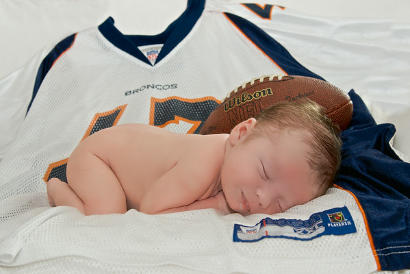 Brentley newborn session