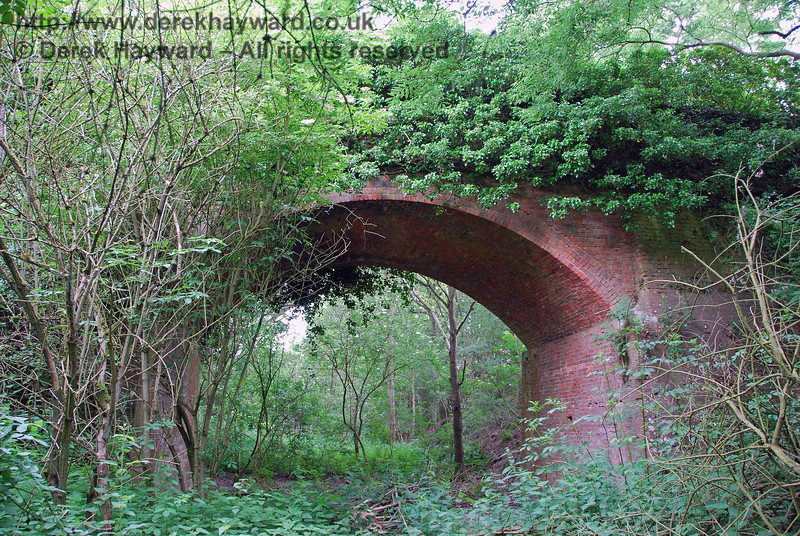 Turning round and looking north, this view shows the quite substantial arched bridge which carries a farm track.