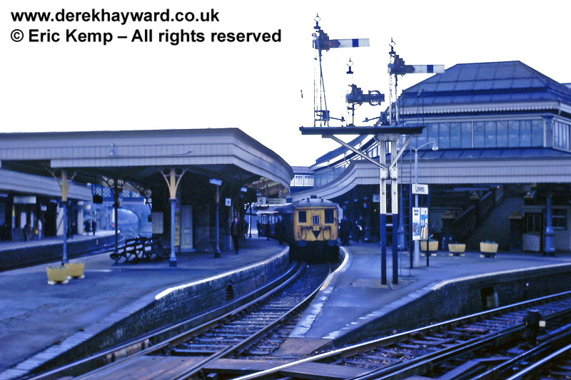 Lewes Station on 01.01.1969 with the London lines (Platforms 6 - 8) on the extreme right of the picture.  The double sided platform 4/5 (Down Brighton Loop) in which the train is standing has since been taken out of service and infilled.