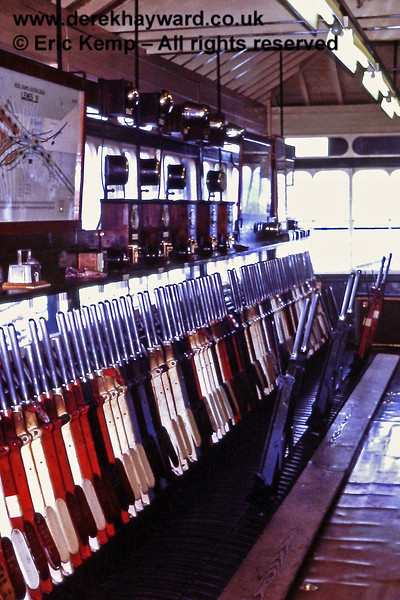 Inside the 'B' signal box at Lewes on 01.01.1971.
