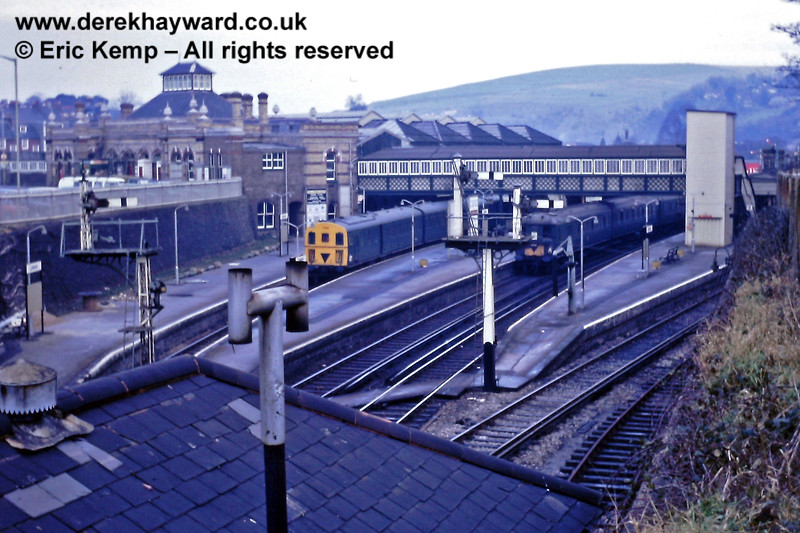 The Brighton end of Lewes Station, pictured on 01.01.1969. The roof of the 'D' signal box is in the foreground.